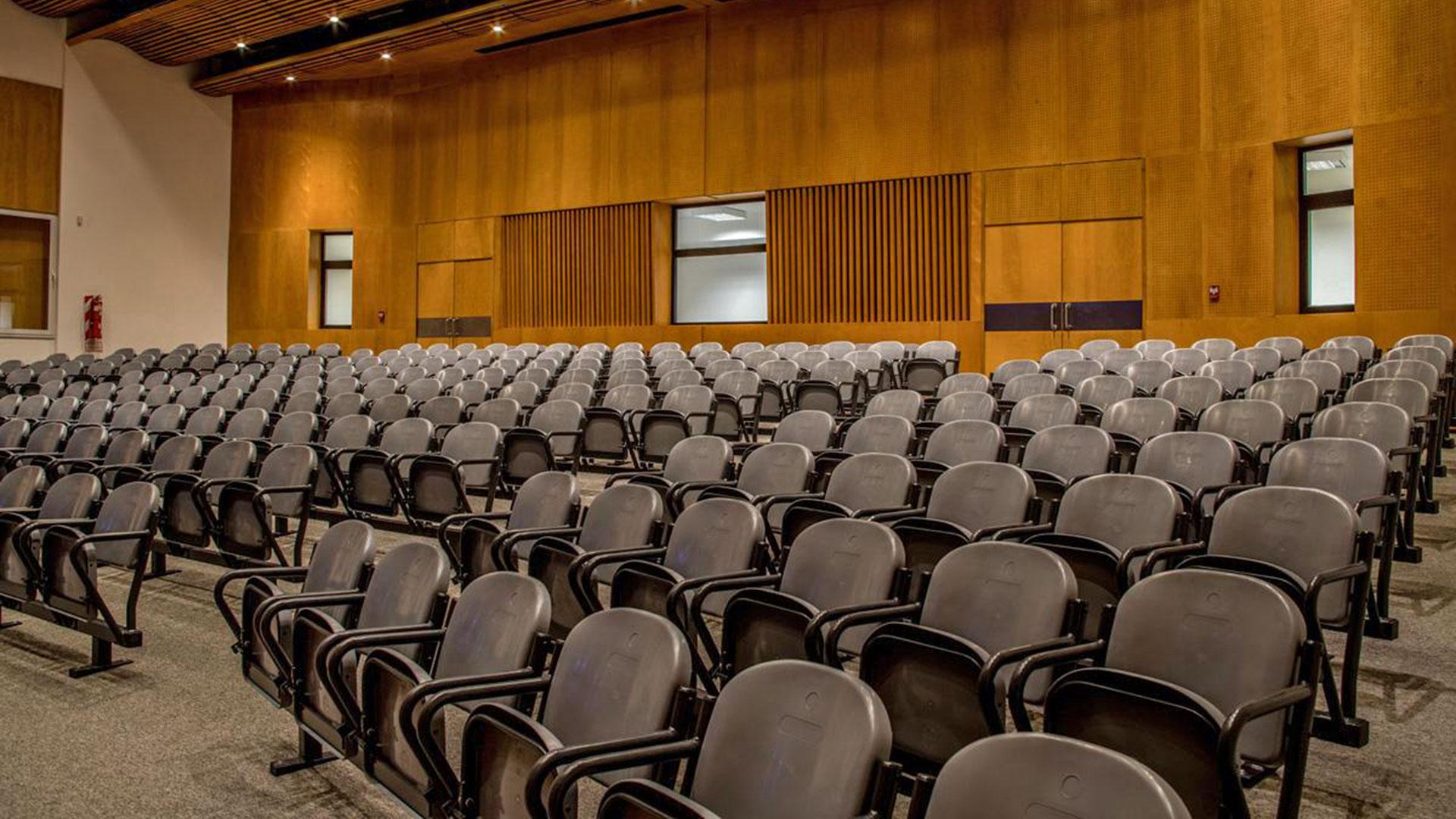 Emilia Bertole auditorio Distrito Sudoeste